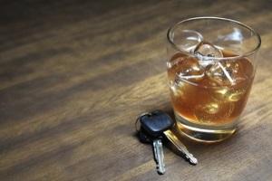 Wenn der Alkoholtest eines Autofahrers mehr als 0,5 Promille ergibt, wird es oft teuer.
