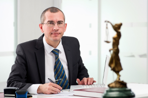Beim ESO ES 1.0 können Messfehler auftreten. Einen Anwalt zu konsultieren, ist ratsam.