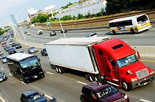 Die zulässige Gesamtmasse ist bei den EU-Führerscheinklassen besonders wichtig.