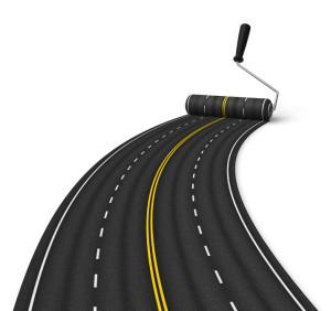 Die Fahrstreifenbegrenzung ist laut StVO die durchgezogene Linie in der Mitte der Fahrbahn. Die durchgezogene Linie darf laut StVO nicht überfahren werden.