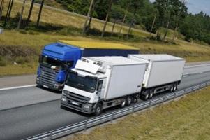 Eine Geschwindigkeitsüberschreitung beim LKW kann schwerwiegende Folgen haben.