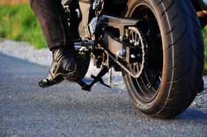 Ein Motorradunfall endet meist tödlich oder mit schweren Verletzungen.