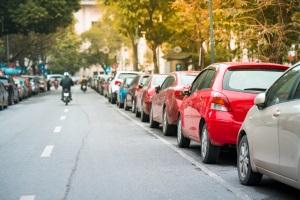 Muss beim Parken auch ein Mindestabstand eingehalten werden?