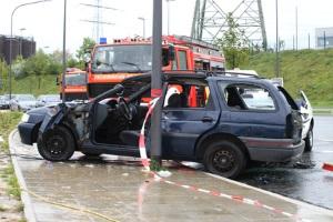 Wünscht eine Partei, dass die Polizei beim Unfall kontaktiert wird, müssen die übrigen Unfallbeteiligten dem nachgehen.