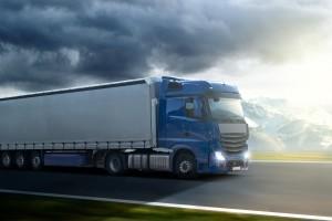 Schon bei zwei Prozent Überladung beim LKW droht ein Bußgeld.