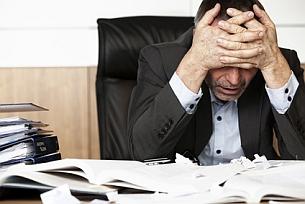 Nicht verzagen! Ein Rechtsanwalt für Schmerzensgeld unterstützt Sie beim Prozess.