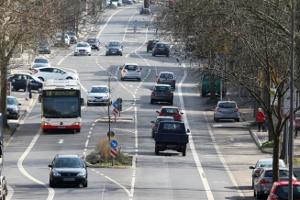 Die Straßenverkehrszulassungsordnung (StVZO) ist eine Rechtsverordnung, die im Straßenverkehrsgesetz verankert ist.