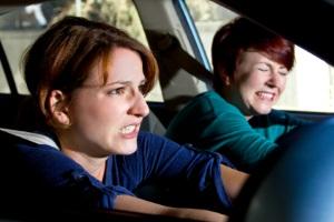 Trunkenheit am Steuer: In der Probezeit können Sie bei einem Unfall Ihren Versicherungsschutz verlieren.