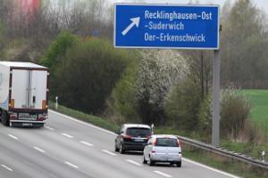 VSTP ist eine Stoppuhr zur Abstandsmessung im Straßenverkehr.